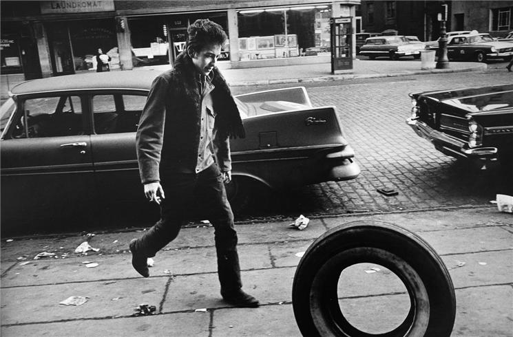 Bob Dylan Kicking Tire 1963